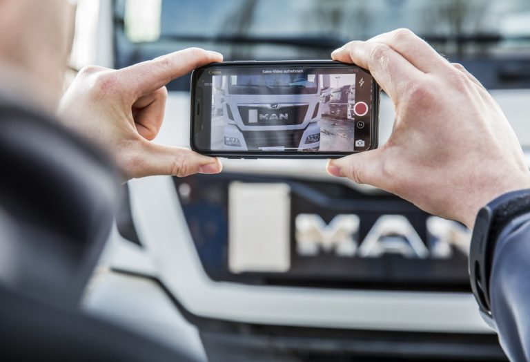 MAN LionView permet une vision à 360° du véhicule d'occasion.