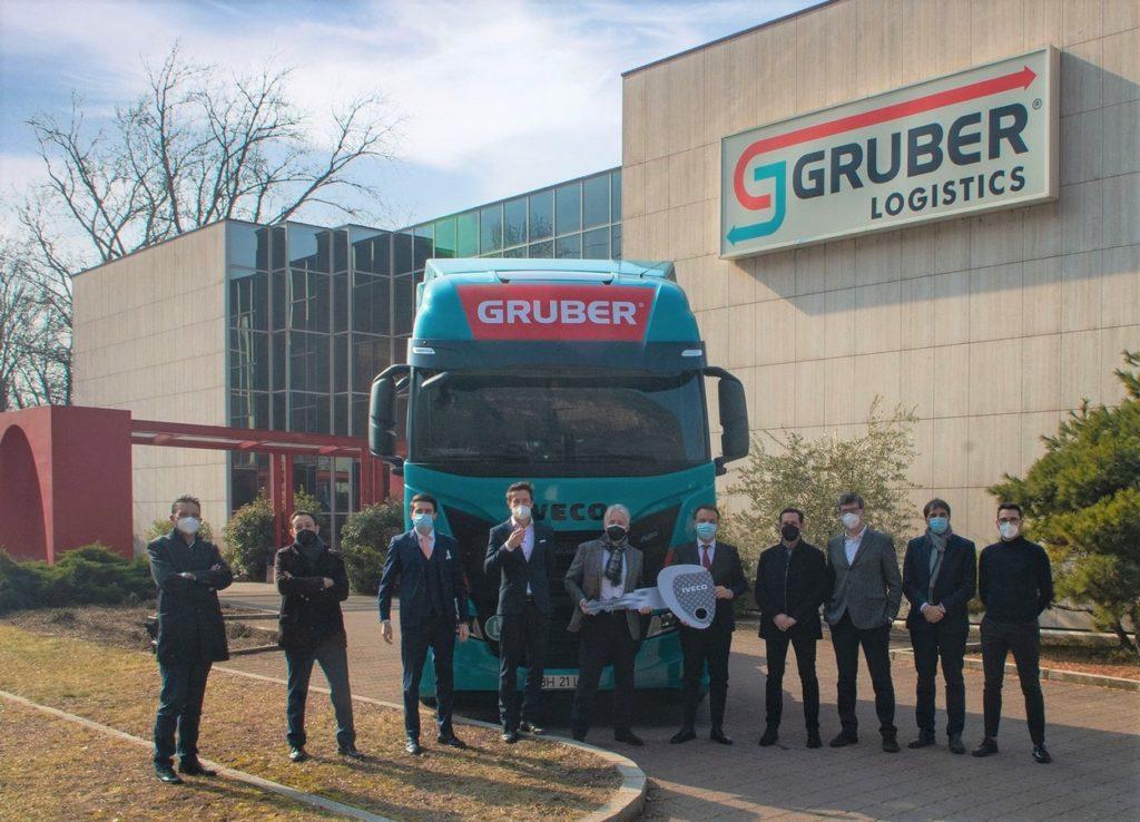 La livraison des 100 véhicules Iveco à Gruber Logistics devrait s'achever d'ici la fin de l'année.
