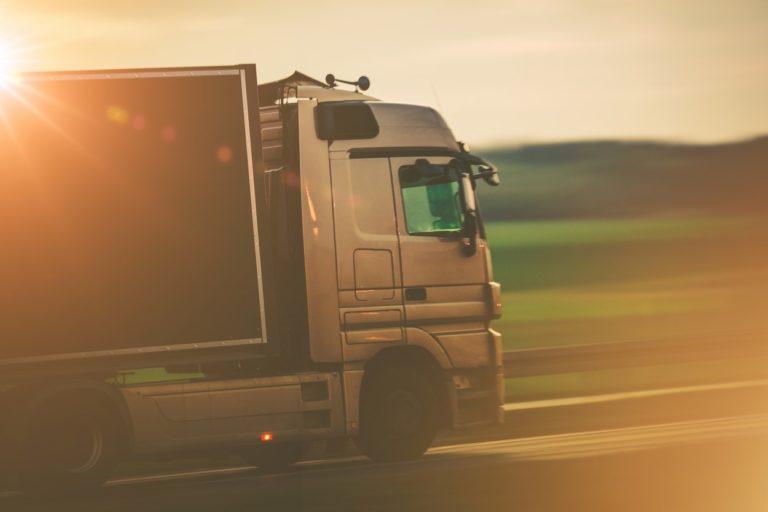 Dans le Transport & la Logistique, la branche LIP MANTRANS a vu sa croissance bondir suite au rapprochement avec Mantrans en janvier 2020. Ce groupe, spécialisé dans l'intérim destiné au Transport, est venu consolider l'existant avec son réseau de 22 agences, 100 collaborateurs et 80 M€ de chiffre d'affaires.