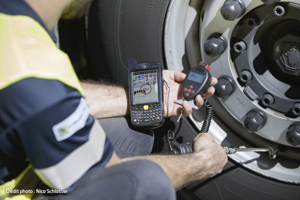 Avec la solution TPMS de Novacom, Euromaster met à disposition de ses clients des capteurs de pression et de température pour chaque pneu du véhicule.