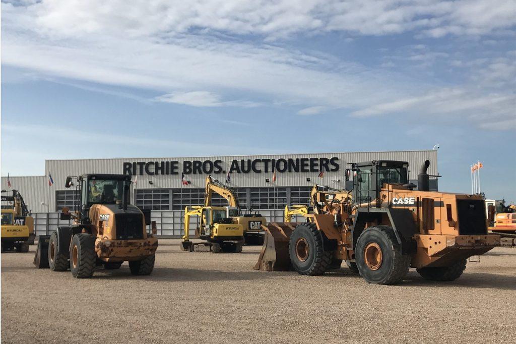 Ritchie Bros. France, a organisé en mars 2021, la première vente en ligne de l'année uniquement dédiée aux matériels de constructions et aux camions.
