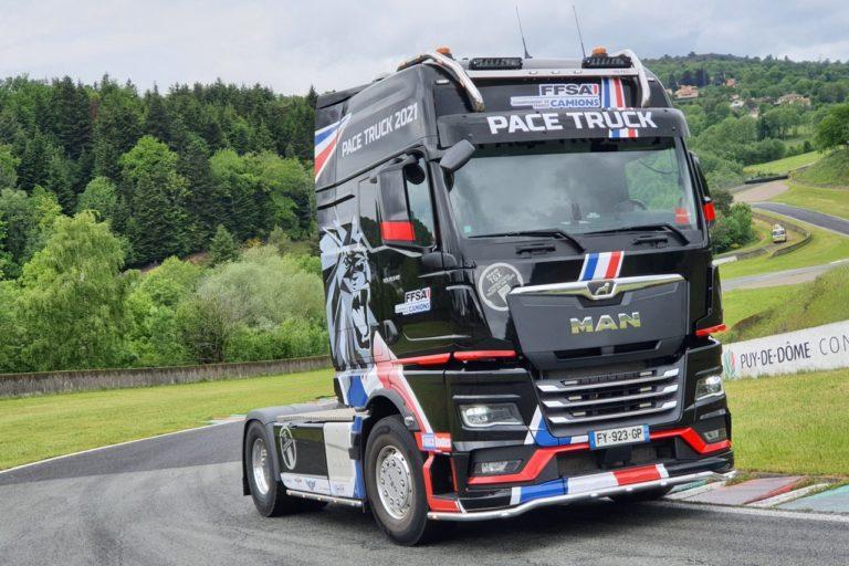 MAN Trucks & Bus confirme sa présence aux 24h Camions du Mans 2021. L'occasion pour le constructeur d'y dévoiler 5 MAN TGX.